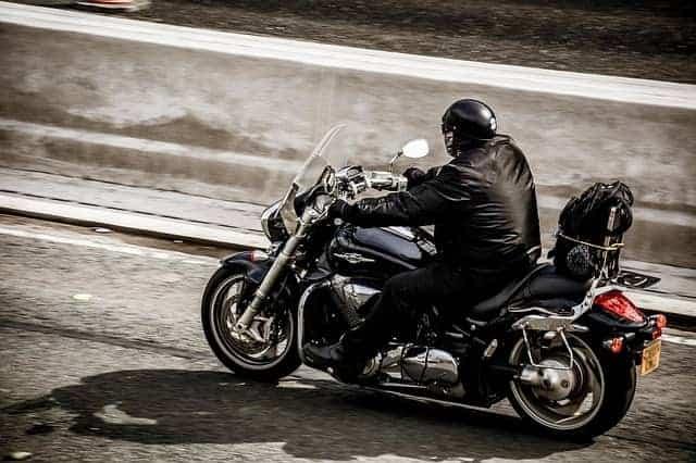Voici pourquoi les motocyclistes portent du cuir